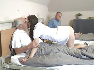 Young nurse Nana Garnet is sucking unchanging dicks be proper of two pensioners